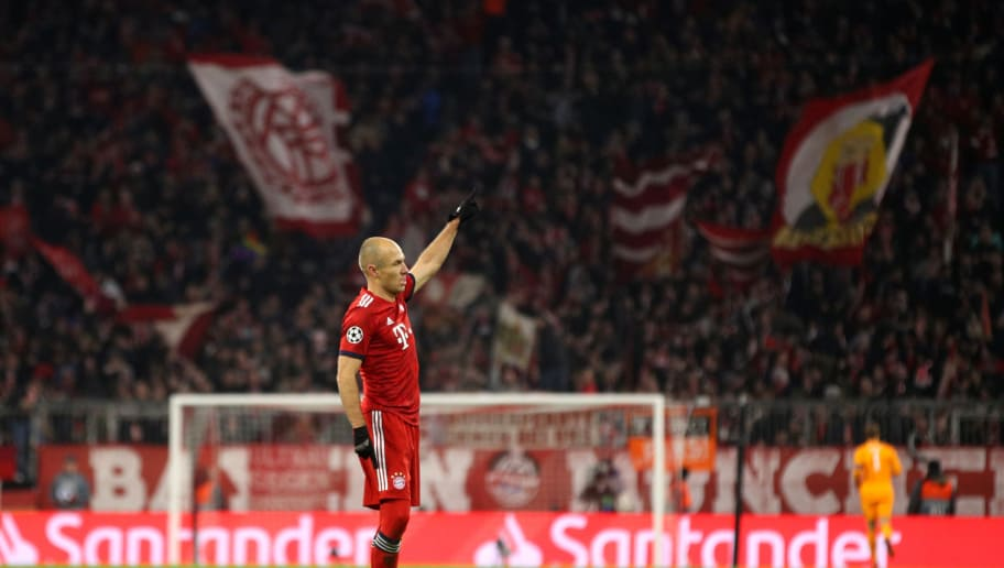 MUNICH, GERMANY - NOVEMBER 27:  Arjen Robben of Bayern Munich celebrates after scoring his team's second goal during the UEFA Champions League Group E match between FC Bayern Muenchen and SL Benfica at Fussball Arena Muenchen on November 27, 2018 in Munich, Germany.  (Photo by Adam Pretty/Getty Images)