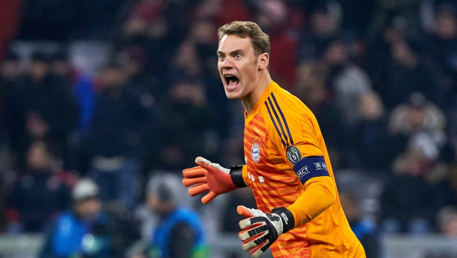 MUNICH, GERMANY - NOVEMBER 27: Goalkeeper Manuel Neuer of Bayern Muenchen gestures during the Group E match of the UEFA Champions League between FC Bayern Muenchen and SL Benfica at Allianz Arena on November 27, 2018 in Munich, Germany. (Photo by TF-Images/Getty Images)