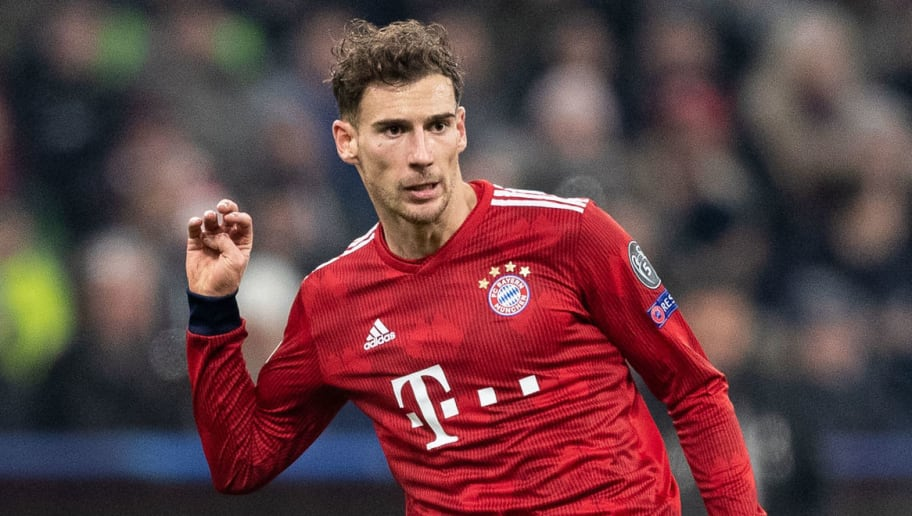 MUNICH, GERMANY - NOVEMBER 27: Leon Goretzka of FC Bayern Muenchen runs with the ball during the Group E match of the UEFA Champions League between FC Bayern Muenchen and SL Benfica at Allianz Arena on November 27, 2018 in Munich, Germany. (Photo by Boris Streubel/Getty Images)