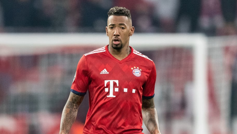 MUNICH, GERMANY - NOVEMBER 27: Jerome Boateng of FC Bayern Muenchen runs with the ball during the Group E match of the UEFA Champions League between FC Bayern Muenchen and SL Benfica at Allianz Arena on November 27, 2018 in Munich, Germany. (Photo by Boris Streubel/Getty Images)