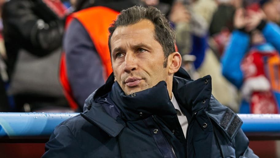 MUNICH, GERMANY - NOVEMBER 27: Hasan Salihamidzic of Bayern Muenchen looks on during the Group E match of the UEFA Champions League between FC Bayern Muenchen and SL Benfica at Allianz Arena on November 27, 2018 in Munich, Germany. (Photo by TF-Images/Getty Images)