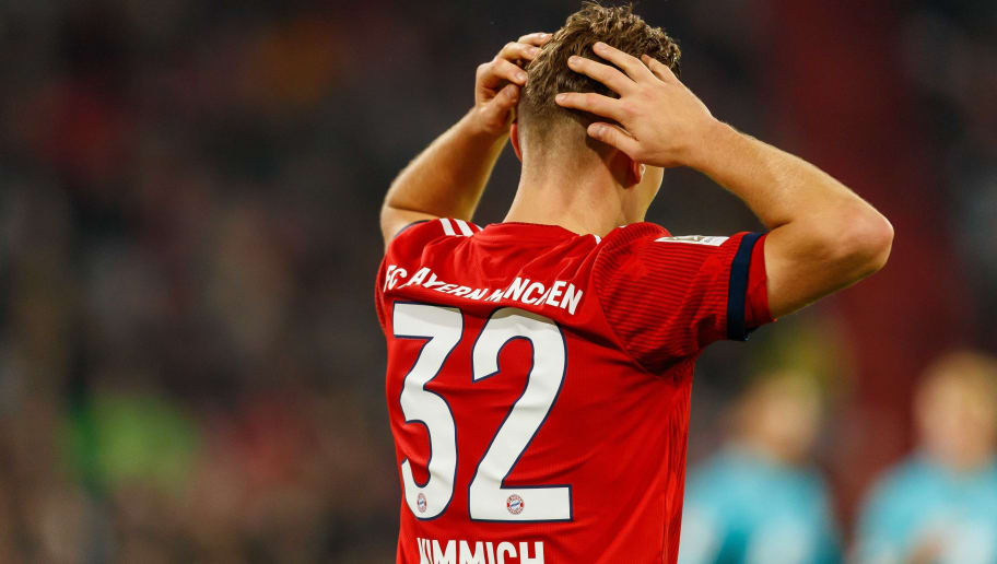MUNICH, GERMANY - NOVEMBER 03: Joshua Kimmich of Bayern Muenchen gestures during the Bundesliga match between FC Bayern Muenchen and Sport-Club Freiburg at Allianz Arena on November 3, 2018 in Munich, Germany. (Photo by TF-Images/Getty Images)