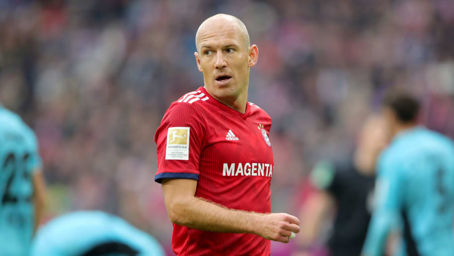 MUNICH, GERMANY - NOVEMBER 03:  Arjen Robben  of Bayern Muenchen looks on during the Bundesliga match between FC Bayern Muenchen and Sport-Club Freiburg at Allianz Arena on November 3, 2018 in Munich, Germany.  (Photo by Alexander Hassenstein/Bongarts/Getty Images)