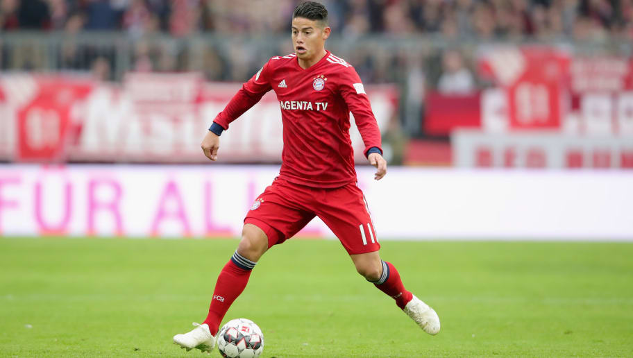 MUNICH, GERMANY - NOVEMBER 03:  James Rodriguez of Bayern Muenchen runs with the ball during the Bundesliga match between FC Bayern Muenchen and Sport-Club Freiburg at Allianz Arena on November 3, 2018 in Munich, Germany.  (Photo by Alexander Hassenstein/Bongarts/Getty Images)