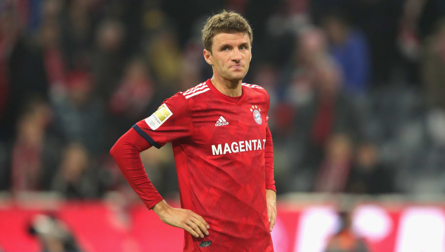 MUNICH, GERMANY - NOVEMBER 03:  Thomas Mueller of Bayern Muenchen looks dejected  after the Bundesliga match between FC Bayern Muenchen and Sport-Club Freiburg at Allianz Arena on November 3, 2018 in Munich, Germany.  (Photo by Alexander Hassenstein/Bongarts/Getty Images)