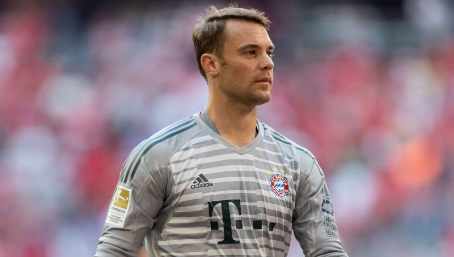 MUNICH, GERMANY - MAY 12: Goalkeeper Manuel Neuer of FC Bayern Muenchen gets beer to celebrate the 28th German football championship after the Bundesliga match between FC Bayern Muenchen and VfB Stuttgart at Allianz Arena on May 12, 2018 in Munich, Germany. (Photo by Boris Streubel/Getty Images)