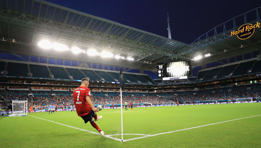 MIAMI, FL - JULY 28:  Franck Ribery #7 of FC Bayern Munich makes a corner kick against Manchester City during the second half of the International Champions Cup 2018 match at Hard Rock Stadium on July 28, 2018 in Miami, Florida.  (Photo by Mike Ehrmann/International Champions Cup/Getty Images)