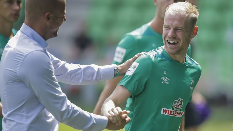 GRONINGEN, NETHERLANDS - JULY 29: Coach Danny Buijs of FC Groningen, Davy Klaassen of Werder Bremen,	   during the Club Friendly   match between FC Groningen v Werder Bremen at the NoordLease Stadium on July 29, 2018 in Groningen Netherlands (Photo by Erwin Otten/Soccrates/Getty Images)