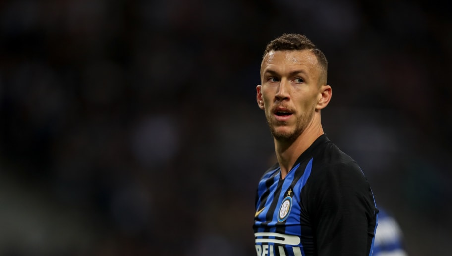 MILAN, ITALY - SEPTEMBER 25: Ivan Perisic of FC Internazionale during the Serie A match between FC Internazionale v ACF Fiorentina at Stadio Giuseppe Meazza on September 25, 2018 in Milan, Italy. (Photo by Robbie Jay Barratt - AMA/Getty Images)