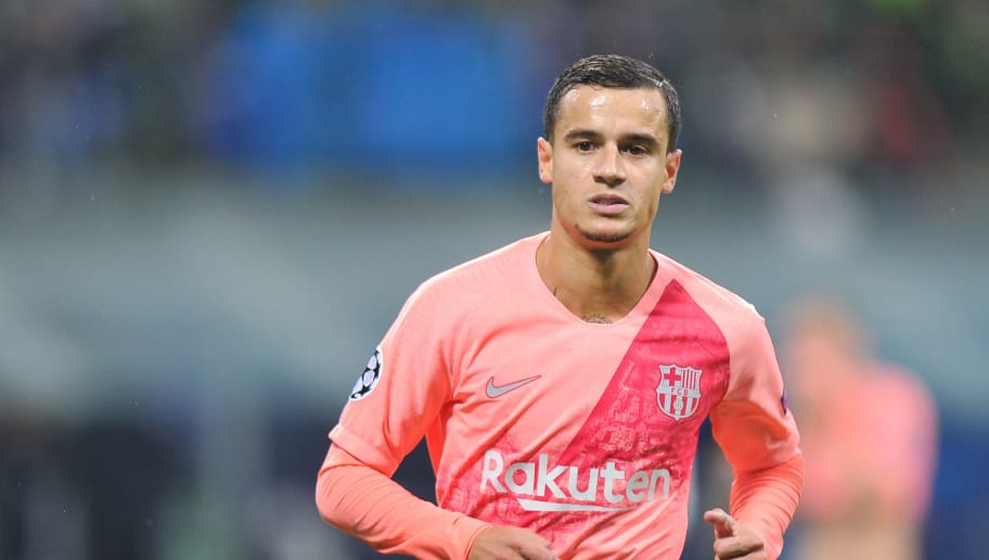MILAN, ITALY - NOVEMBER 06: Philippe Coutinho of FC Barcelona looks on during the Group B match of the UEFA Champions League between FC Internazionale and FC Barcelona at San Siro Stadium on November 6, 2018 in Milan, Italy. (Photo by Norbert Barczyk/PressFocus/MB Media/Getty Images)