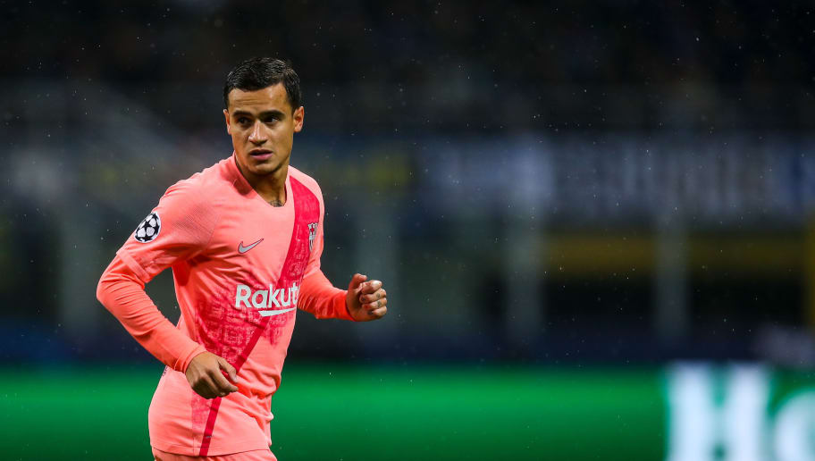 MILAN, ITALY - NOVEMBER 06: Philippe Coutinho of FC Barcelona during the Group B match of the UEFA Champions League between FC Internazionale and FC Barcelona at San Siro Stadium on November 6, 2018 in Milan, Italy. (Photo by Robbie Jay Barratt - AMA/Getty Images)