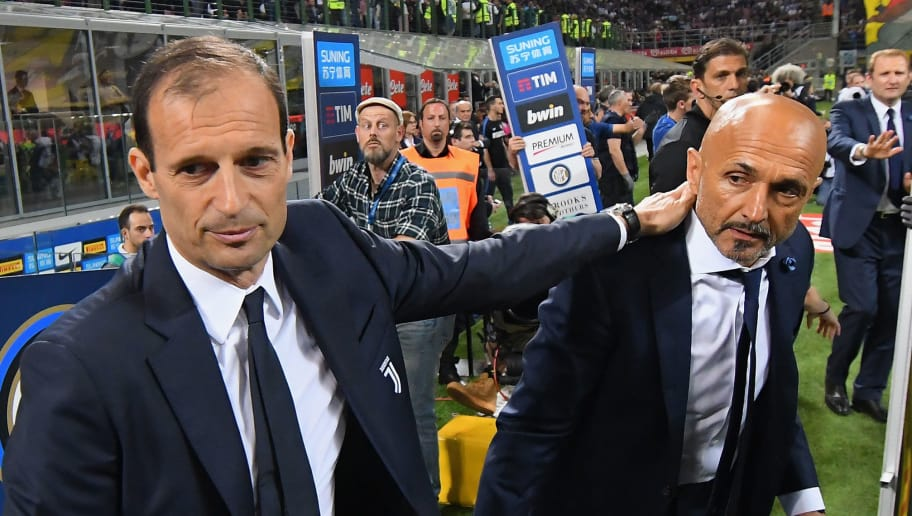 MILAN, ITALY - APRIL 28: Massimiliano Allegri head coach of Juventus embraces head coach Luciano Spalletti of FC Internazionale during the serie A match between FC Internazionale and Juventus at Stadio Giuseppe Meazza on April 28, 2018 in Milan, Italy.  (Photo by Alessandro Sabattini/Getty Images)