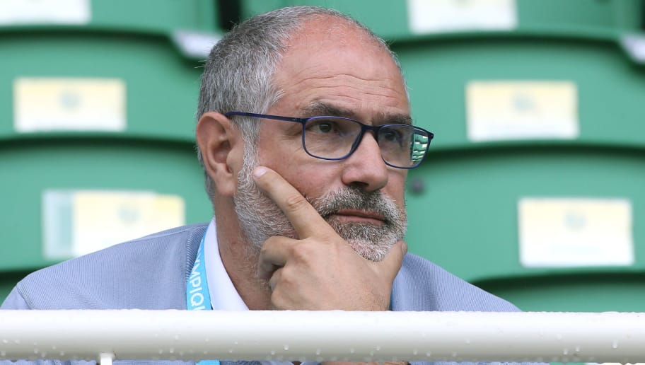 NANTES, FRANCE - AUGUST 12: Sporting Director of OM Andoni Zubizarreta during the French Ligue 1 match between FC Nantes and Olympique de Marseille (OM) at Stade de la Beaujoire on August 12, 2017 in Nantes, France. (Photo by Jean Catuffe/Getty Images)