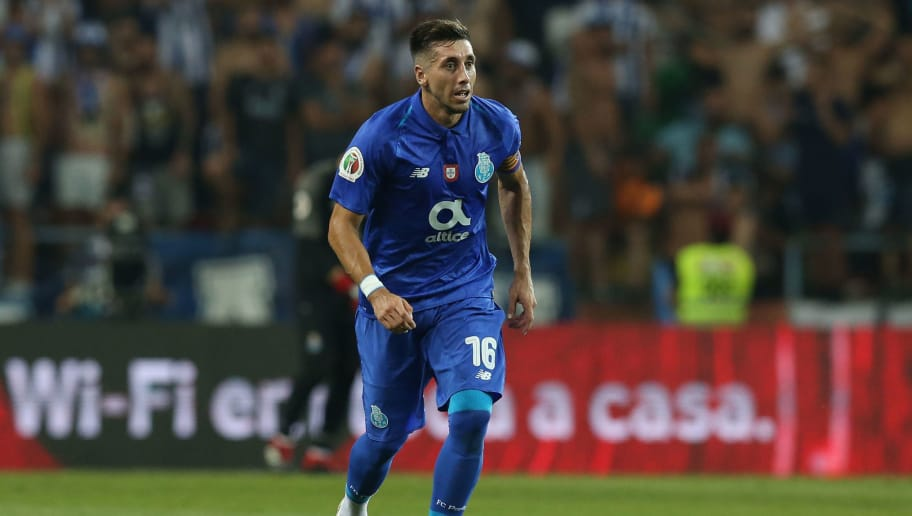 AVEIRO, PORTUGAL - AUGUST 4:  Hector Herrera of FC Porto in action during the Portuguese Super Cup match between FC Porto and Desportivo das Aves at Estadio Municipal de Aveiro on August 4, 2018 in Aveiro, Portugal.  (Photo by Gualter Fatia/Getty Images)