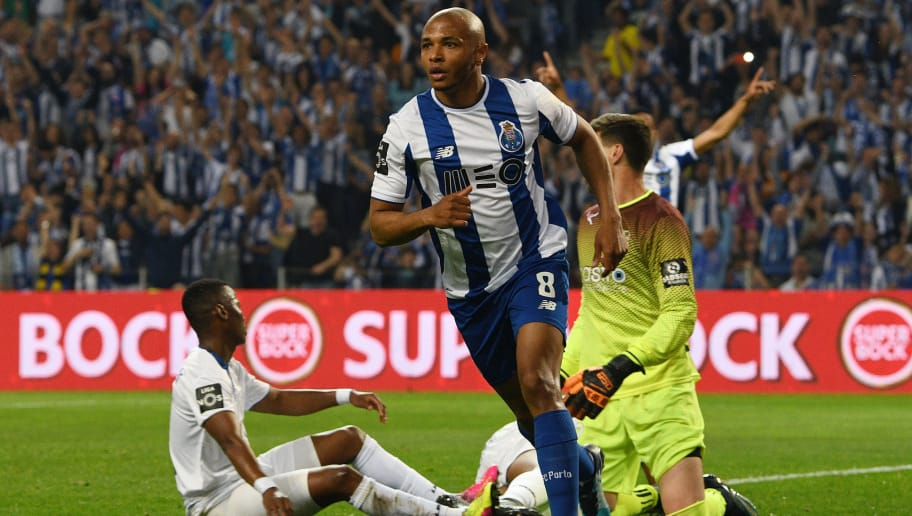 PORTO, PORTUGAL - MAY 06: Yacine Brahimi of FC Porto scores the second goal during the Primeira Liga match between FC Porto and Feirense at Estadio do Dragao on May 6, 2018 in Porto, Portugal. (Photo by Octavio Passos/Getty Images)