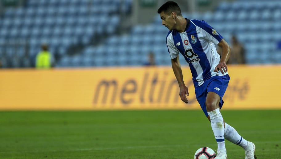 FARO, PORTUGAL - JULY 20: FC Porto defender Diogo Leite from Portugal during the match between FC Porto v LOSC Lille for Algarve Football Cup 2018 at Estadio do Algarve on July 20, 2018 in Faro, Portugal. (Photo by Carlos Rodrigues/Getty Images)