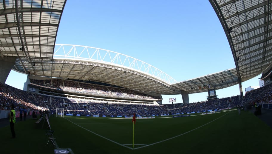 PORTO, PORTUGAL - AUGUST 6: Panoramic view of Estadio do Dragao before the start of the Pre-Season Friendly match between FC Porto and Villarreal FC at Estadio do Dragao on August 6, 2016 in Porto, Portugal.  (Photo by Gualter Fatia/Getty Images)