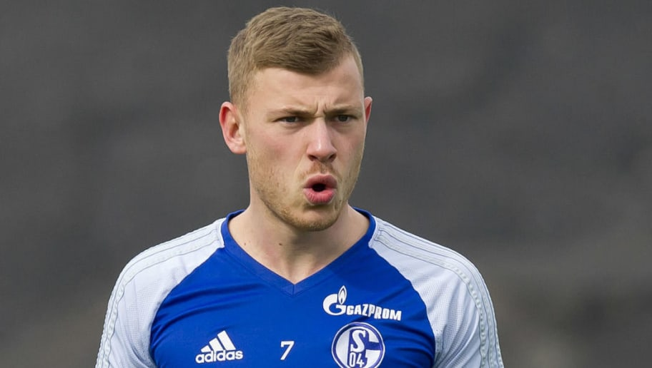GELSENKIRCHEN, GERMANY - APRIL 11: Max Meyer of Schalke looks on during a training session at the FC Schalke 04 Training center on April 11, 2018 in Gelsenkirchen, Germany. (Photo by TF-Images/Getty Images)