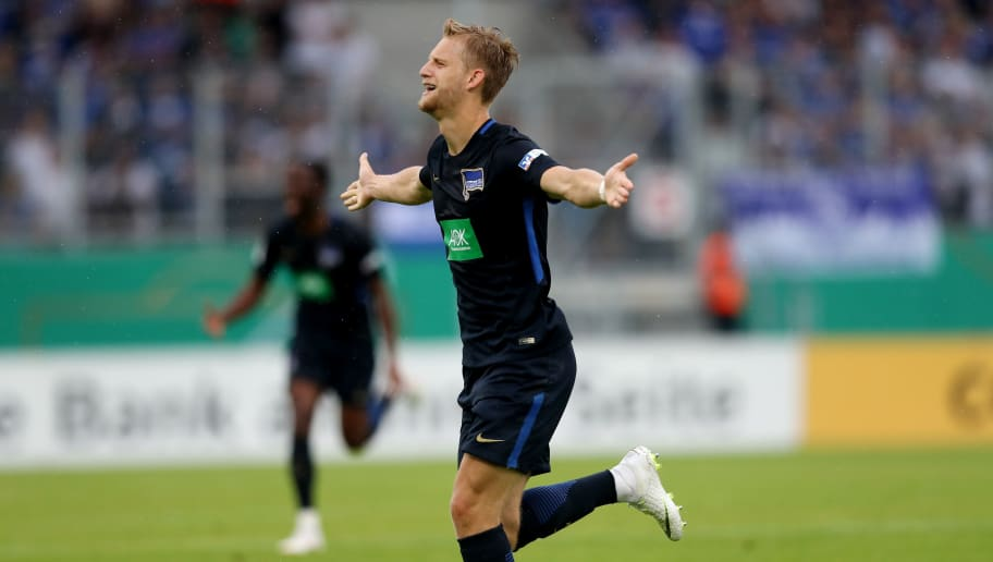 OBERHAUSEN, GERMANY - MAY 27: Arne Maier of Berlin celebrates the third goal during the German A Juniors Championship Final between FC Schalke 04 U19 and Hertha BSC Berlin U19 at Stadion Niederrhein on May 27, 2018 in Oberhausen, Germany. (Photo by Christof Koepsel/Bongarts/Getty Images)