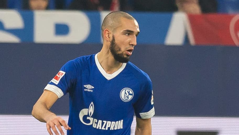 GELSENKIRCHEN, GERMANY - NOVEMBER 24: Nabil Bentaleb of Schalke controls the ball during the Bundesliga match between FC Schalke 04 and 1. FC Nuernberg at Veltins-Arena on November 24, 2018 in Gelsenkirchen, Germany. (Photo by TF-Images/Getty Images)