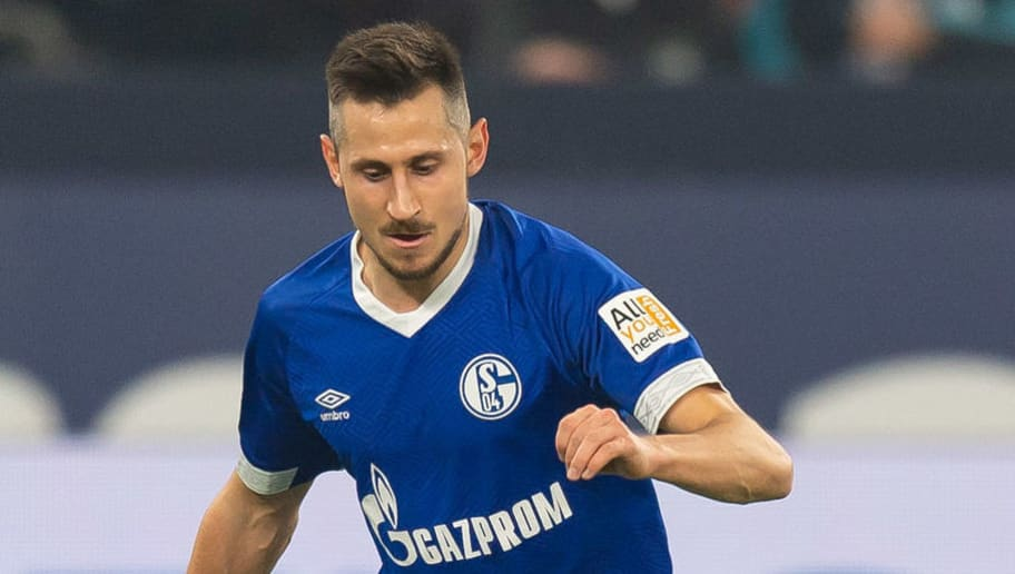 GELSENKIRCHEN, GERMANY - NOVEMBER 24: Steven Skrzybski of Schalke controls the ball during the Bundesliga match between FC Schalke 04 and 1. FC Nuernberg at Veltins-Arena on November 24, 2018 in Gelsenkirchen, Germany. (Photo by TF-Images/Getty Images)