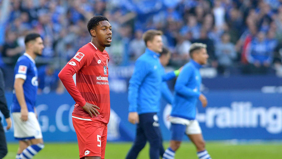 GELSENKIRCHEN, GERMANY - SEPTEMBER 29: Jean-Paul Boetius of Mainz looks dejected during the Bundesliga match between FC Schalke 04 and 1. FSV Mainz 05 at Veltins-Arena on September 29, 2018 in Gelsenkirchen, Germany. (Photo by TF-Images/Getty Images)