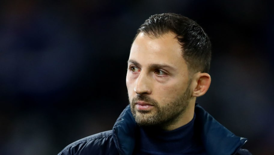 GELSENKIRCHEN, GERMANY - DECEMBER 19:  Domenico Tedesco, Manager of FC Schalke 04 looks on prior to the Bundesliga match between FC Schalke 04 and Bayer 04 Leverkusen at Veltins-Arena on December 19, 2018 in Gelsenkirchen, Germany.  (Photo by Dean Mouhtaropoulos/Bongarts/Getty Images)
