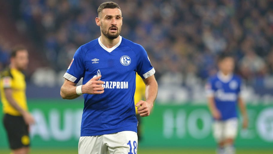 GELSENKIRCHEN, GERMANY - DECEMBER 08: Daniel Caligiuri of Schalke looks on during the Bundesliga match between FC Schalke 04 and Borussia Dortmund at Veltins-Arena on December 8, 2018 in Gelsenkirchen, Germany. (Photo by TF-Images/TF-Images via Getty Images)