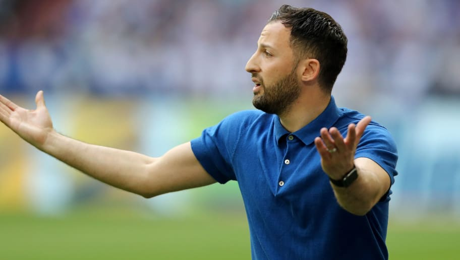 GELSENKIRCHEN, GERMANY - MAY 12: Head coach Domenico Tedesco of Schalke reacts during the Bundesliga match between FC Schalke 04 and Eintracht Frankfurt at Veltins-Arena on May 12, 2018 in Gelsenkirchen, Germany. (Photo by Christof Koepsel/Bongarts/Getty Images)