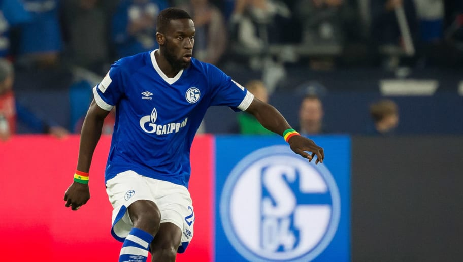 GELSENKIRCHEN, GERMANY - SEPTEMBER 22: Salif Sane of FC Schalke controls the ball during the Bundesliga match between FC Schalke 04 and FC Bayern Muenchen at Veltins-Arena on September 22, 2018 in Gelsenkirchen, Germany. (Photo by TF-Images/Getty Images)