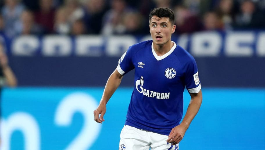 GELSENKIRCHEN, GERMANY - SEPTEMBER 22: Alessandro Schoepf of Schalke runs with the ball during the Bundesliga match between FC Schalke 04 and FC Bayern Muenchen at Veltins-Arena on September 22, 2018 in Gelsenkirchen, Germany. (Photo by Christof Koepsel/Bongarts/Getty Images)