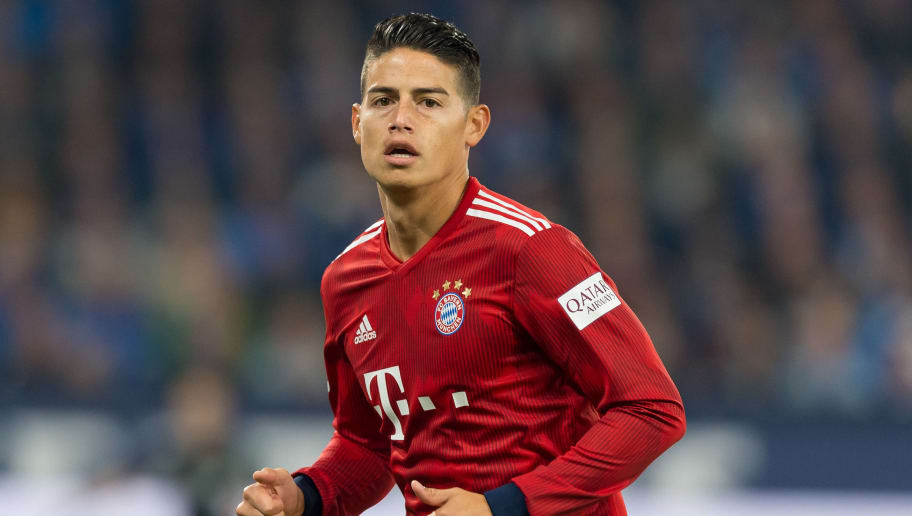 GELSENKIRCHEN, GERMANY - SEPTEMBER 22: James Rodriguez of Bayern Muenchen looks on during the Bundesliga match between FC Schalke 04 and FC Bayern Muenchen at Veltins-Arena on September 22, 2018 in Gelsenkirchen, Germany. (Photo by TF-Images/Getty Images)
