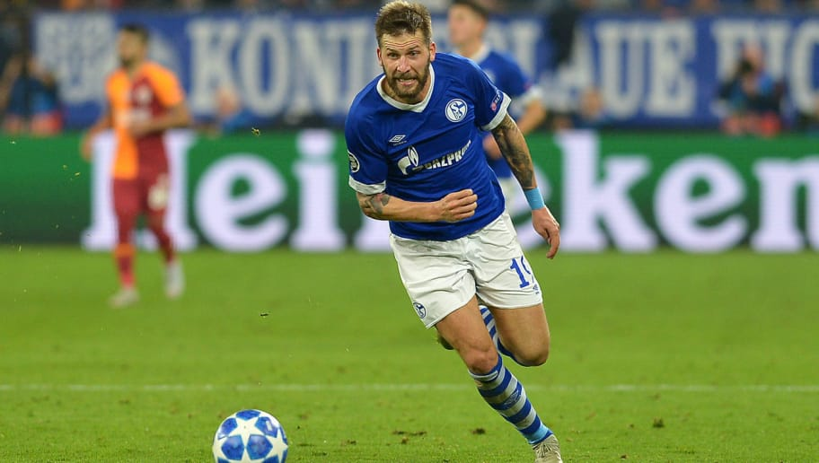 GELSENKIRCHEN, GERMANY - NOVEMBER 06: Guido Burgstaller of Schalke controls the ball during the Group D match of the UEFA Champions League between FC Schalke 04 and Galatasaray at Veltins-Arena on November 6, 2018 in Gelsenkirchen, Germany. (Photo by TF-Images/Getty Images)