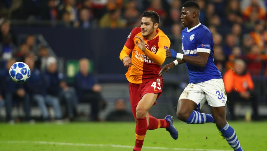 GELSENKIRCHEN, GERMANY - NOVEMBER 06:  Breel Embolo of FC Schalke 04 battles for possession with Ozan Kabak of Galatasaray during the Group D match of the UEFA Champions League between FC Schalke 04 and Galatasaray at Veltins-Arena on November 6, 2018 in Gelsenkirchen, Germany.  (Photo by Dean Mouhtaropoulos/Bongarts/Getty Images)