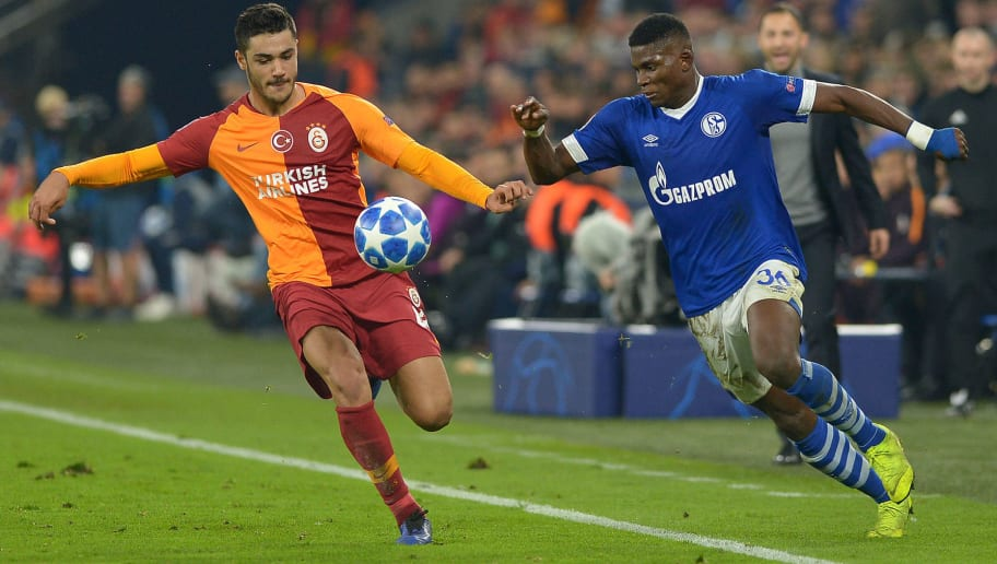 GELSENKIRCHEN, GERMANY - NOVEMBER 06: Ozan Kabak of Galatasaray and Breel Embolo of Schalke battle for the ball during the Group D match of the UEFA Champions League between FC Schalke 04 and Galatasaray at Veltins-Arena on November 6, 2018 in Gelsenkirchen, Germany. (Photo by TF-Images/Getty Images)