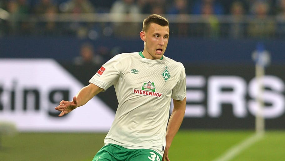 GELSENKIRCHEN, GERMANY - OCTOBER 20: Maximilian Eggestein of SV Werder Bremen controls the ball during the Bundesliga match between FC Schalke 04 and SV Werder Bremen at Veltins-Arena on October 20, 2018 in Gelsenkirchen, Germany. (Photo by TF-Images/Getty Images)