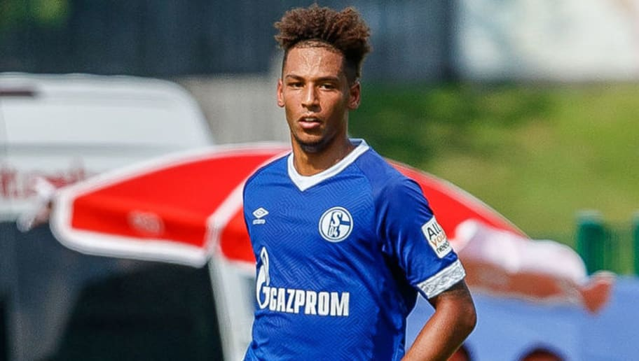 Medien Schalke Steht Kurz Vor Der Verlangerung Mit Thilo Kehrer 90min