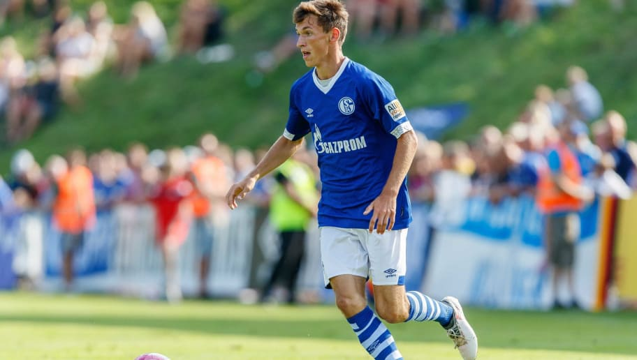 MITTERSILL, AUSTRIA - AUGUST 05: Benjamin Goller of Schalke controls the ball during the friendly match between FC Schalke and SCO Angers at Waldstadion on August 5, 2018 in Mittersill, Austria. (Photo by TF-Images/Getty Images)