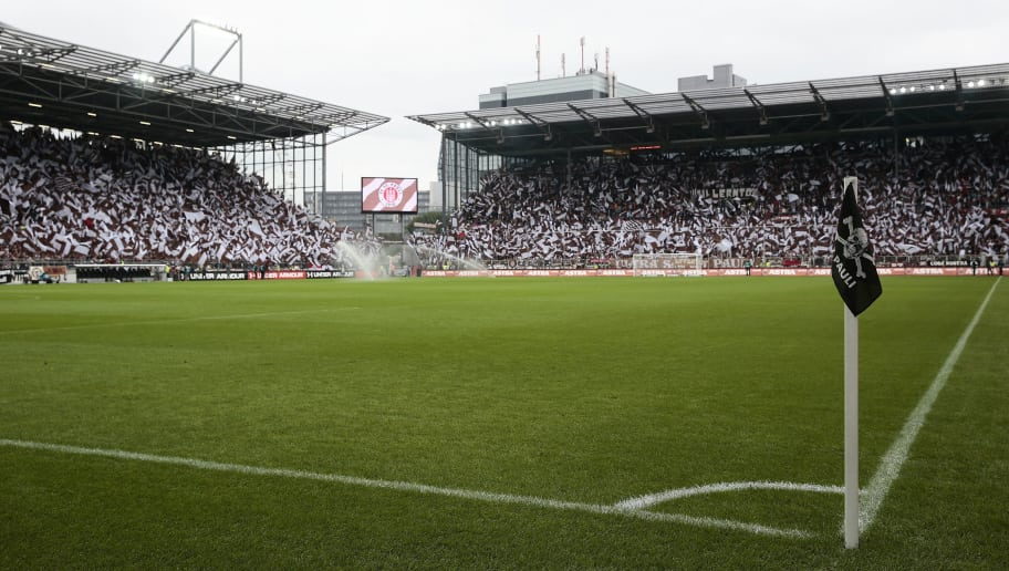 HAMBURG, GERMANY - AUGUST 13:  A generale view during the Second Bundesliga match between FC St. Pauli and Eintracht Braunschweig at Millerntor Stadium on August 13, 2016 in Hamburg, Germany.  (Photo by Oliver Hardt/Getty Images)