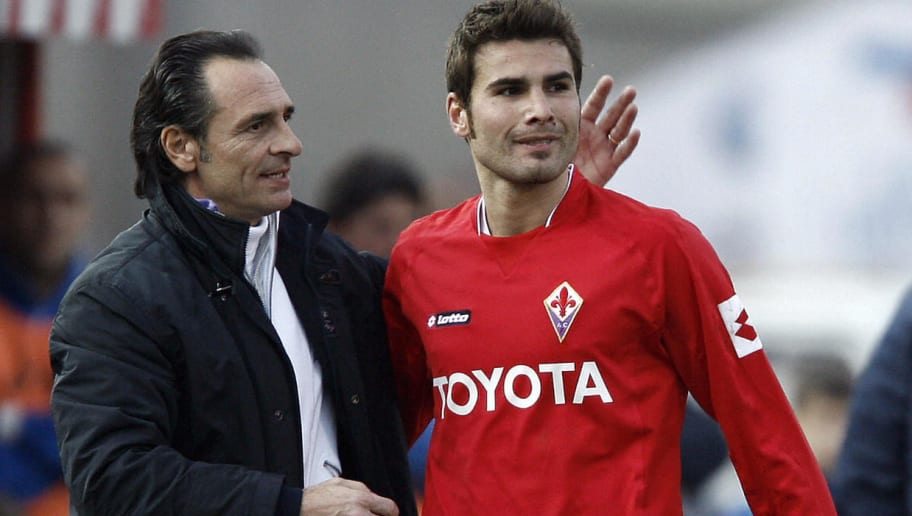 Fiorentina's coach Cesare Prandelli (L)