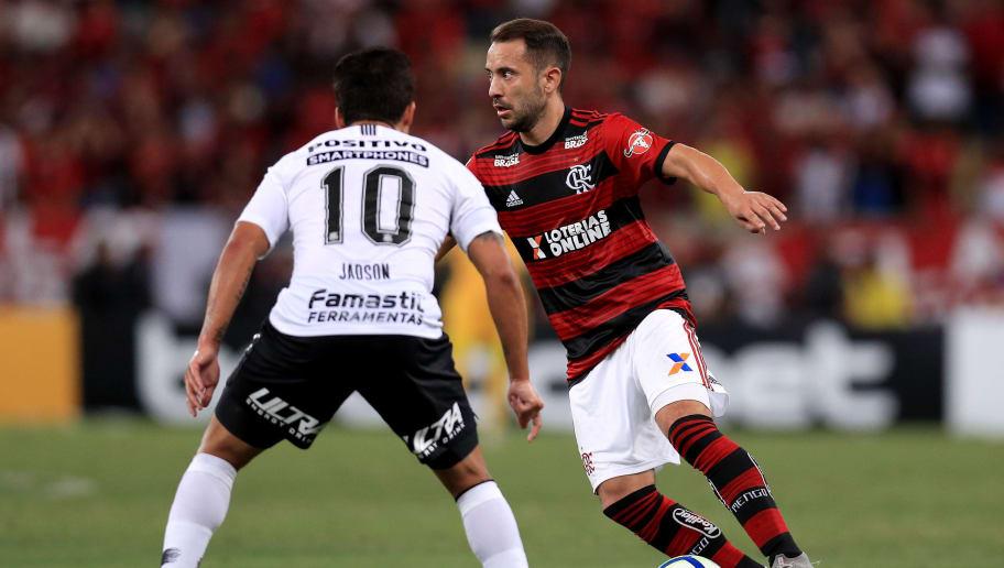 A Escalação Ideal Com Jogadores De Corinthians E Flamengo