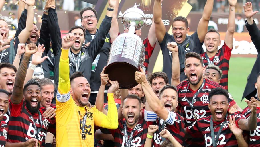 Diego Alves,Everton Ribeiro,Diego