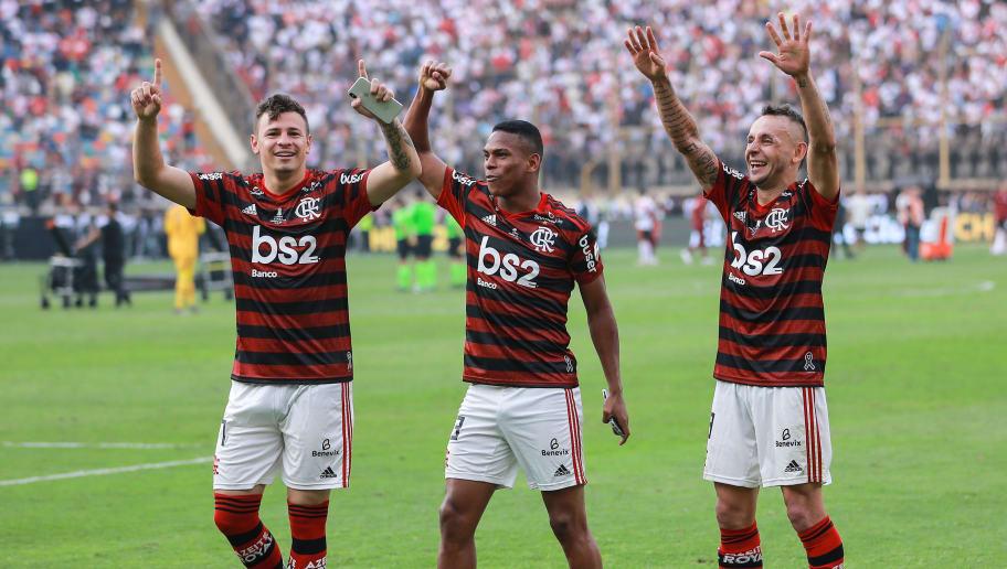Hugo Moura,Rafinha,Lucas Silva