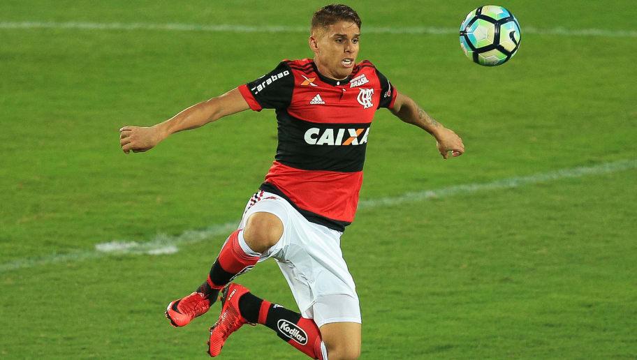 Resultado de imagem para Imagens do volante Volante Cuellar, do Flamengo