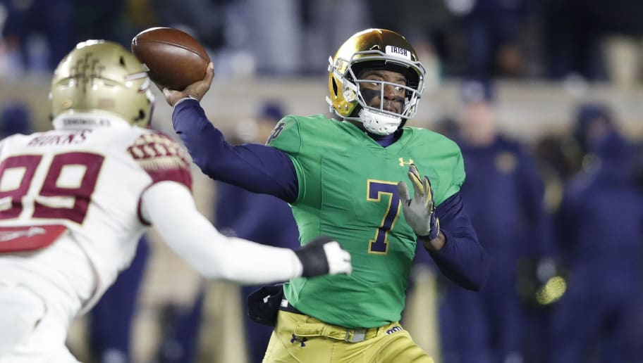 SOUTH BEND, IN - NOVEMBER 10: Brandon Wimbush #7 of the Notre Dame Fighting Irish throws a pass against the Florida State Seminoles in the third quarter of the game at Notre Dame Stadium on November 10, 2018 in South Bend, Indiana. (Photo by Joe Robbins/Getty Images)