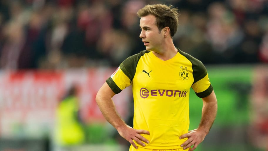 DUESSELDORF, GERMANY - DECEMBER 18: Mario Goetze of Borussia Dortmund looks on during the Bundesliga match between Fortuna Duesseldorf and Borussia Dortmund at Esprit-Arena on December 18, 2018 in Duesseldorf, Germany.(Photo by TF-Images/TF-Images via Getty Images)