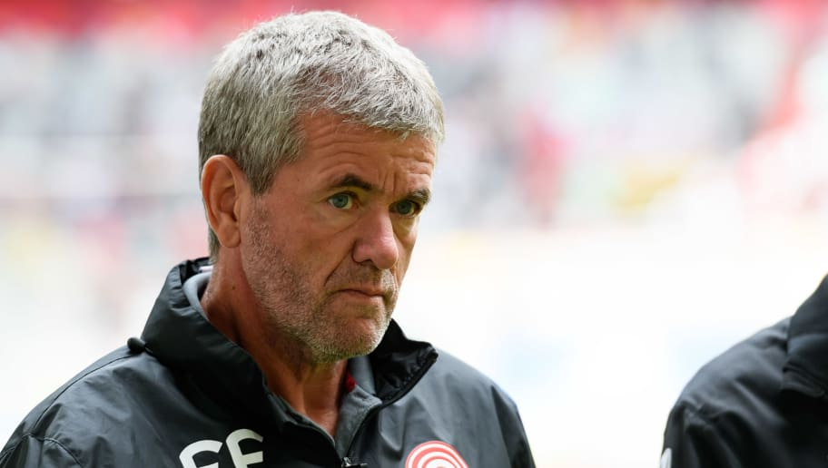 DUESSELDORF, GERMANY - AUGUST 25: Head coach Friedhelm Funkel of Fortuna Duesseldorf looks on during the Bundesliga match between Fortuna Duesseldorf and FC Augsburg at Esprit-Arena on August 25, 2018 in Duesseldorf, Germany. (Photo by TF-Images/Getty Images)