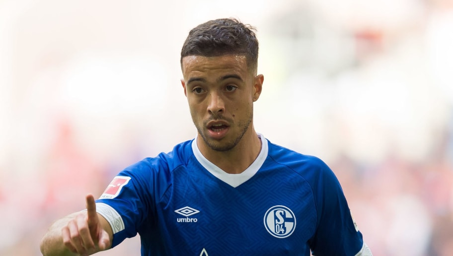 DUESSELDORF, GERMANY - OCTOBER 06: Franco Di Santo of Schalke gestures during the Bundesliga match between Fortuna Duesseldorf and FC Schalke 04 at Esprit-Arena on October 6, 2018 in Duesseldorf, Germany. (Photo by TF-Images/TF-Images via Getty Images)