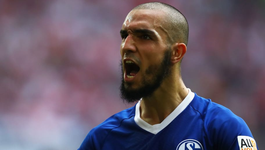 DUESSELDORF, GERMANY - OCTOBER 06:  Nabil Bentaleb of Schalke 04 screams to his fans during the Bundesliga match between Fortuna Duesseldorf and FC Schalke 04 at Esprit-Arena on October 6, 2018 in Duesseldorf, Germany.  (Photo by Dean Mouhtaropoulos/Bongarts/Getty Images)