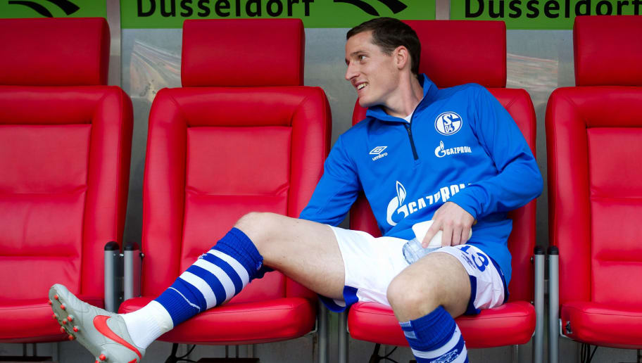 DUESSELDORF, GERMANY - OCTOBER 06: Sebastian Rudy of Schalke looks on during the Bundesliga match between Fortuna Duesseldorf and FC Schalke 04 at Esprit-Arena on October 6, 2018 in Duesseldorf, Germany. (Photo by TF-Images/TF-Images via Getty Images)